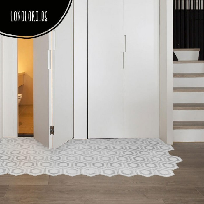 Adhesive vinyl to decorate your home floors with a modern geometric pattern