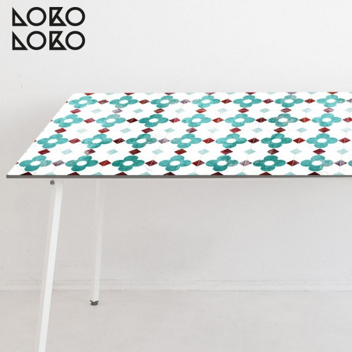 Adhesive vinyl of tiles printed with turquoise vintage flowers to decorate kitchen, livinig room and bedroom tables