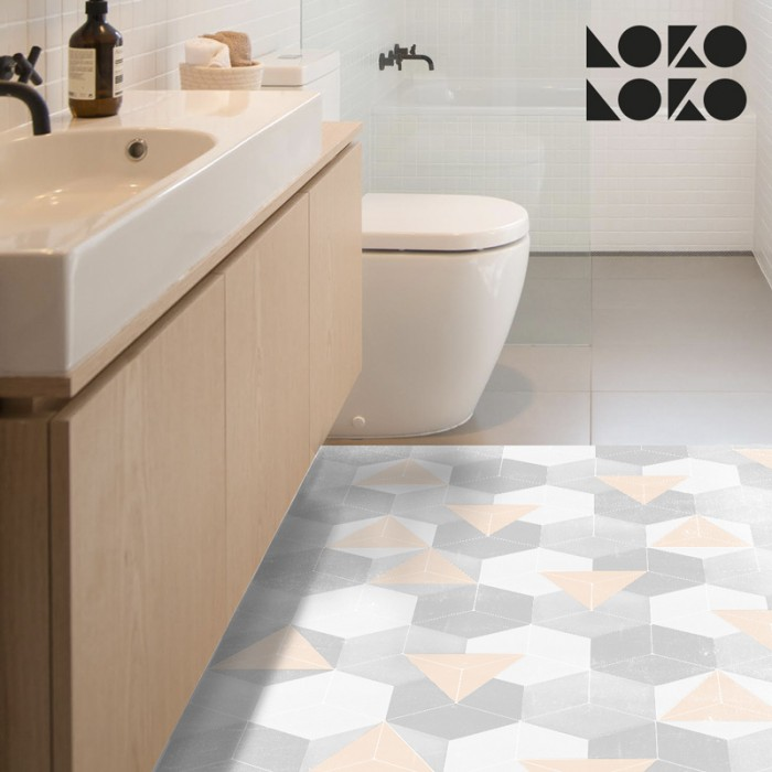 Vinyl of warm triangles and grey hexagons design to decorate the floor at home