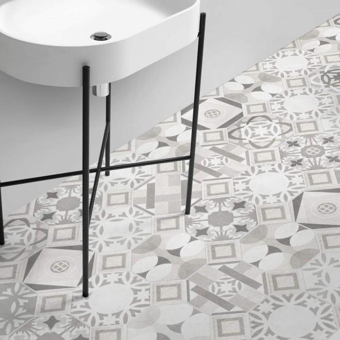Washable self-adhesive non-slip vinyl for floors