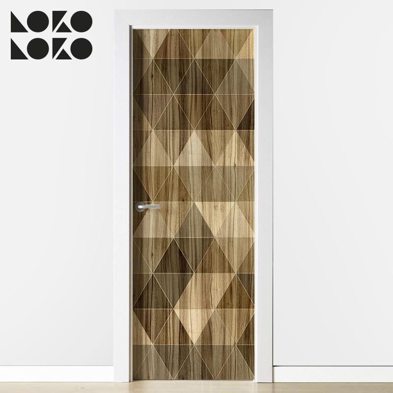 madera-geometrica-2-vinilo-patron-triangulospara-forrar-puertas-lokoloko-diseno