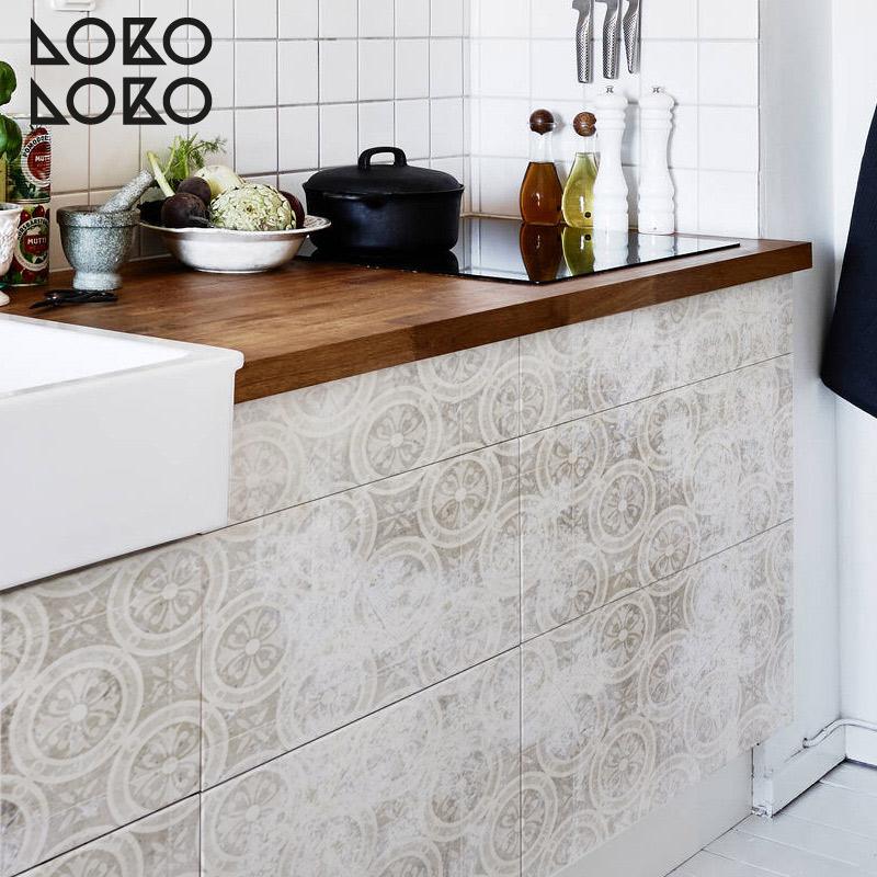 Decora tus suelos y muebles con los nuevos vinilos con - Vinilo muebles cocina ...