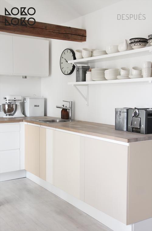 10 ideas con vinilo para transformar cocinas blancas for Cocinas blancas 2016
