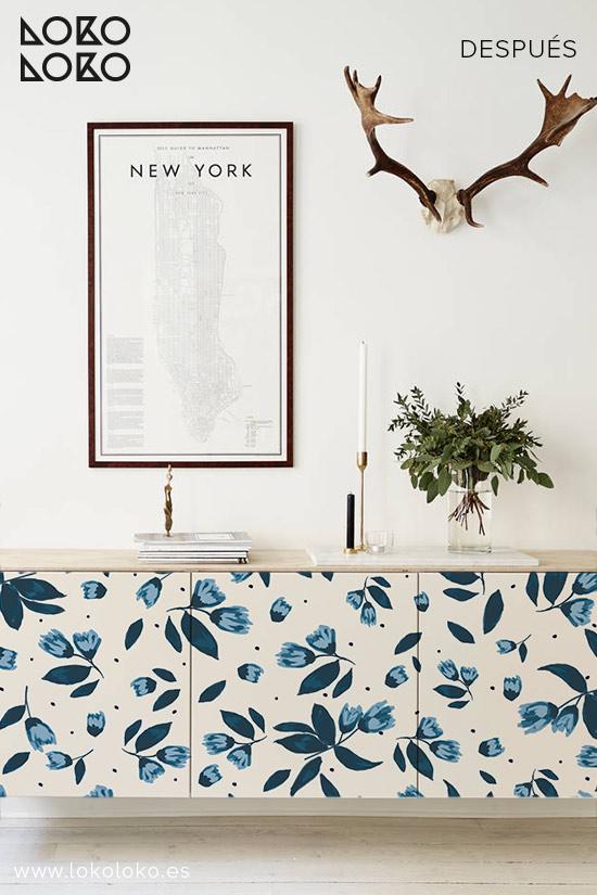 Aparador-blanco-con-vinilo-de-flores-azules-lokoloko-design