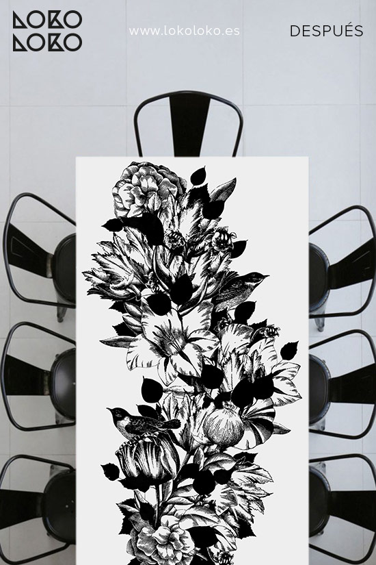 Mesa-con-vinilo-de-flores-blanco-y-negro-lokoloko-design