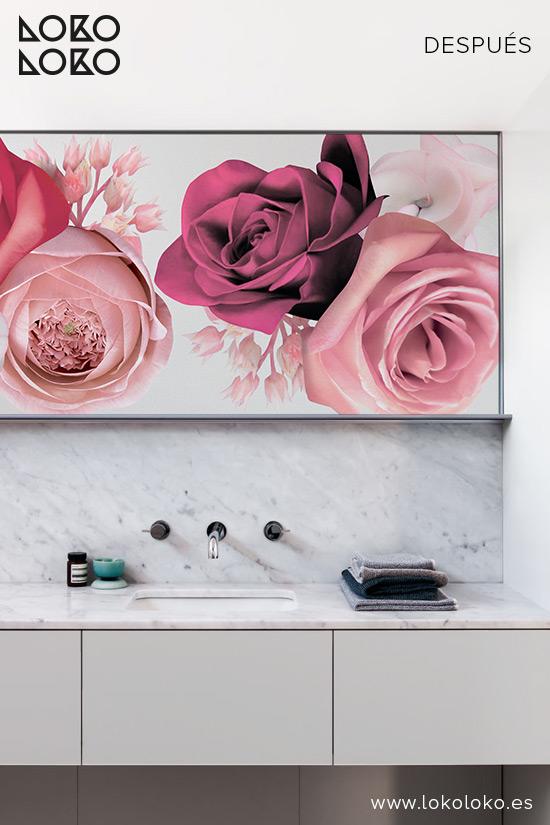 mueble-de-bano-decorado-con-vinilo-de-flores-rosas-y-gris-niebla-lokoloko-design