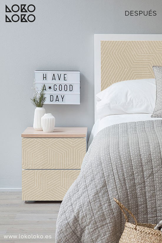 dormitorio-de-apartamento-de-playa-despues-vinilo-geometrico-lokoloko