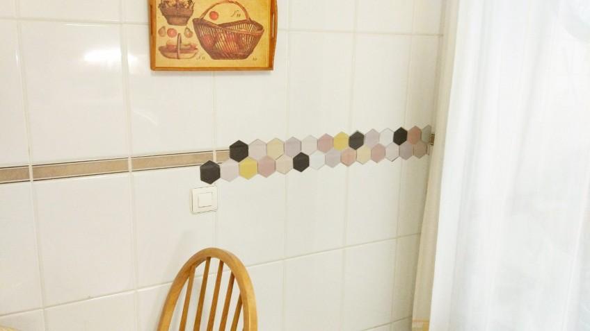 decorar-con-vinilo-cenefa-cocina-lokoloko-design