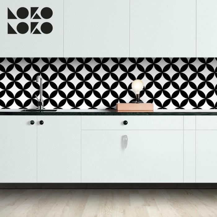 mosaico-de-circulos-negros