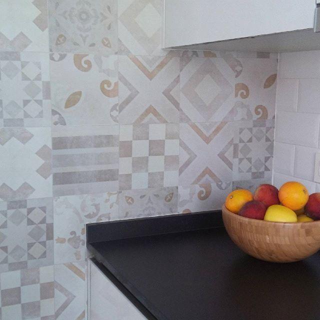 vinilo-copete-cocina-hicraulico-lokoloko