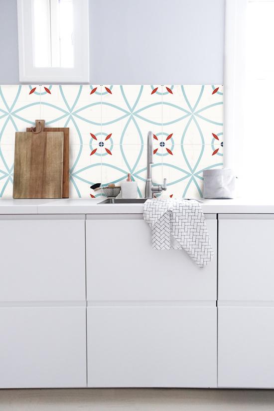 Antes y despu s de azulejos cenefas copetes y frontales - Azulejos vinilicos ...