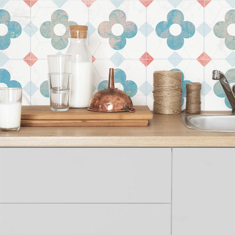 vinilo-de-baldosa-hidraulica-y-gris-para-redecorar-cenefa-de-cocina-lokoloko-design