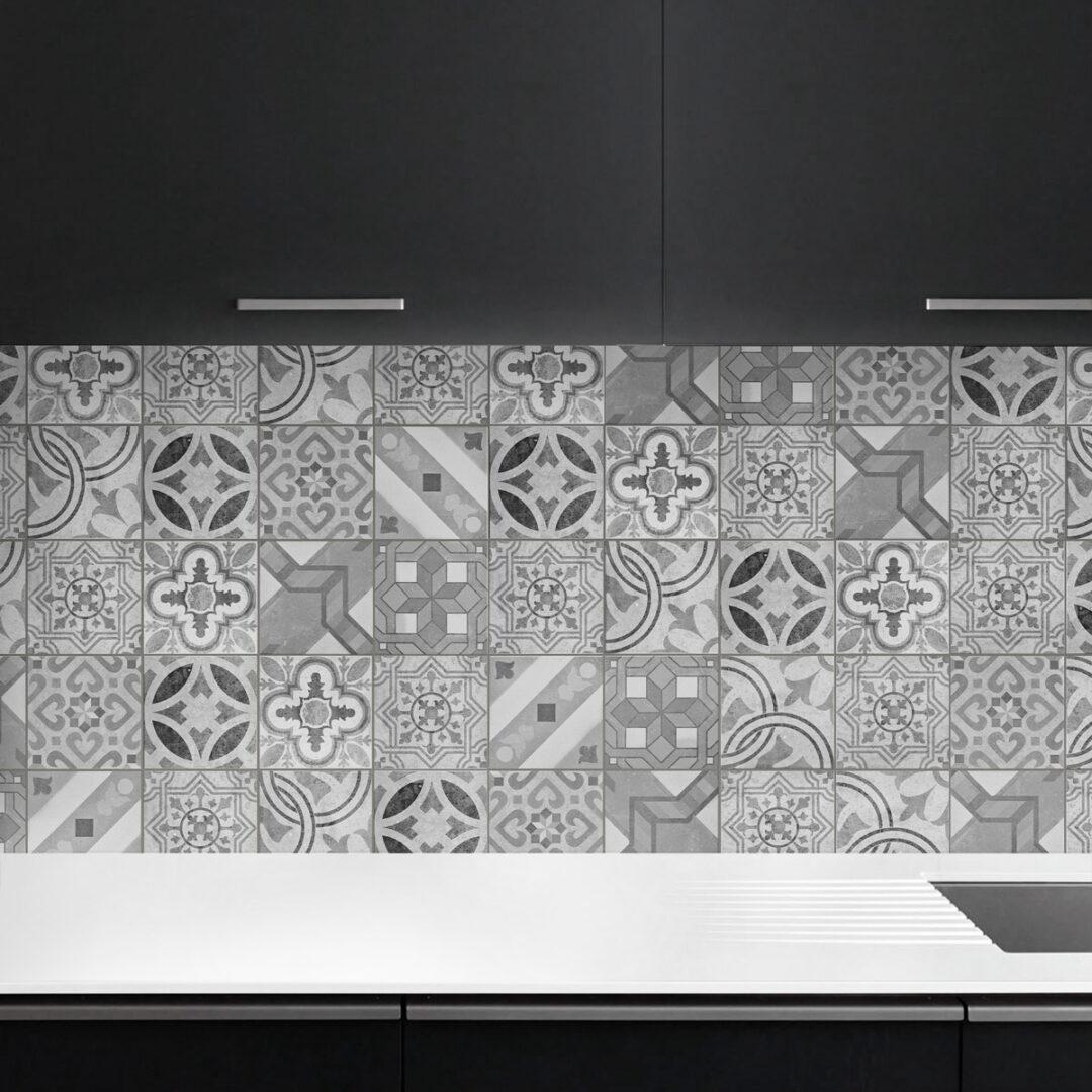 antes y despu s de azulejos cenefas copetes y frontales On baldosas de vinilo para cocinas