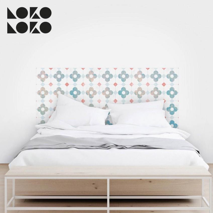 15 ideas originales para cabeceros de cama con vinilos for Vinilos pared azulejos