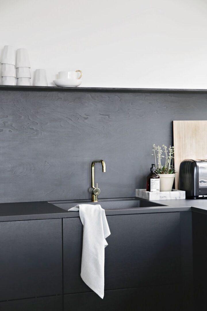 Cocina-gris-oscuro-ultima-tendencia-deco-para-2018