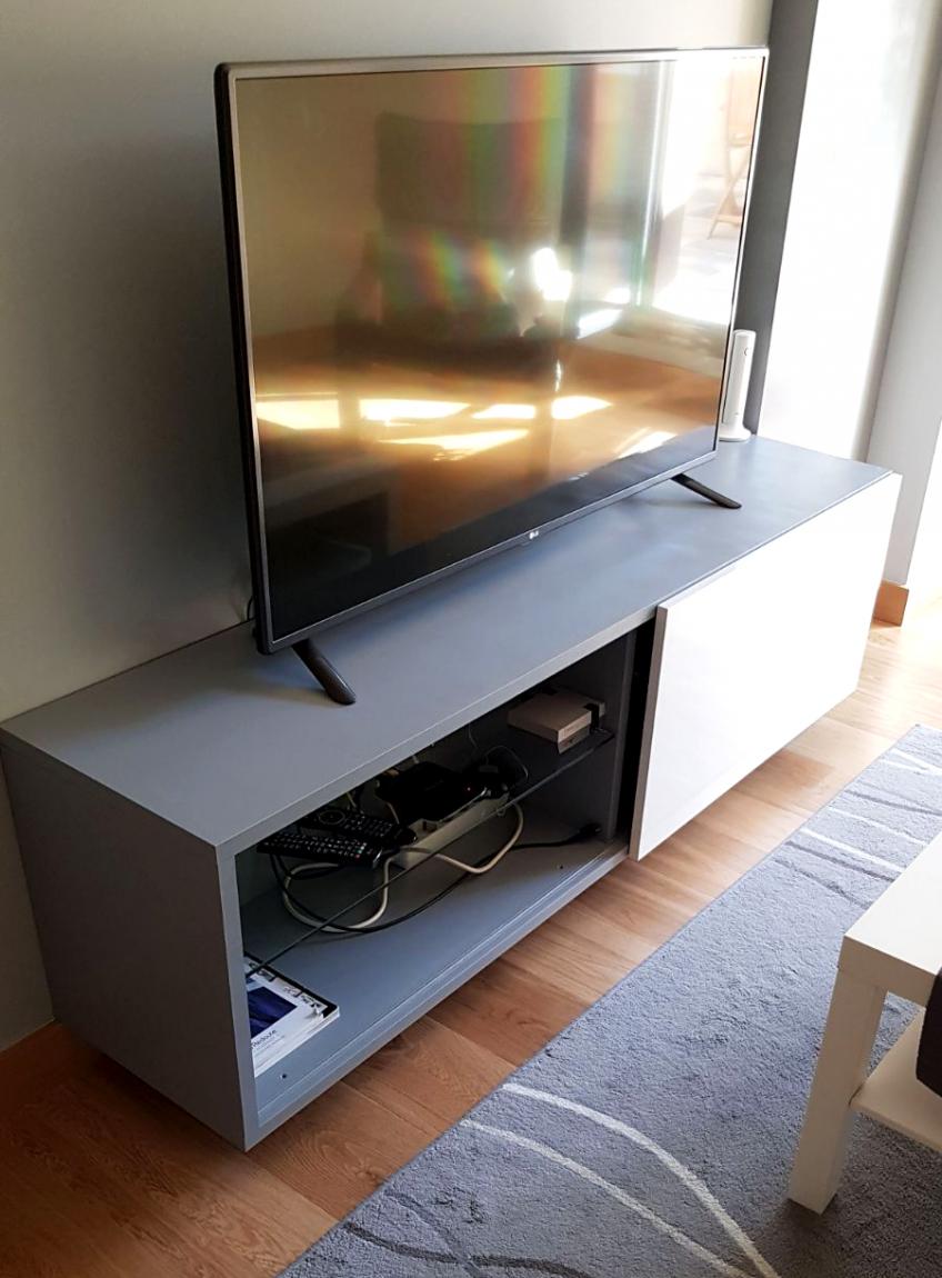 Mueble-tv-antes-sin-vinilo-lokoloko