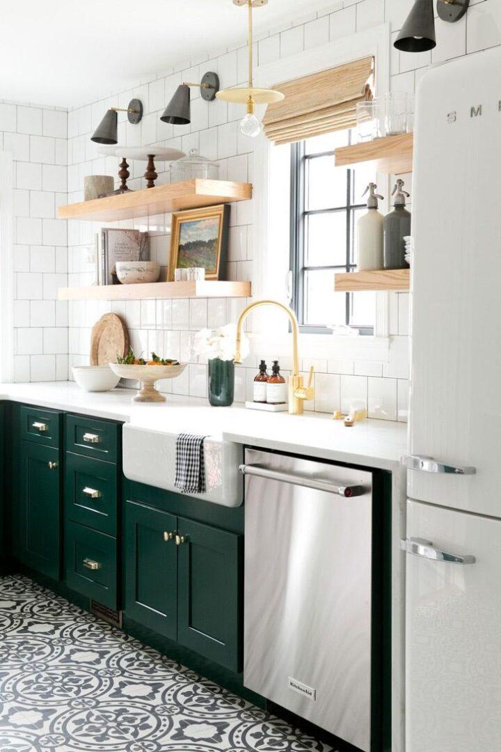 decorando-la-cocina-con-verdes-oscuros-2018-tendencias
