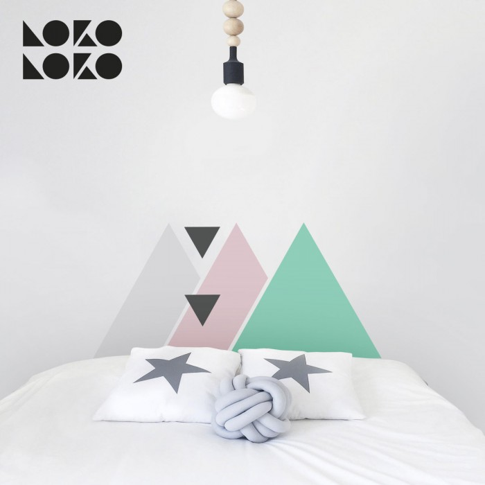 triangulos-rosa-menta-gris-dormitorio-infantil