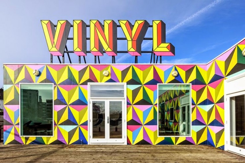 vinilo-colores-geometrico-escaparate