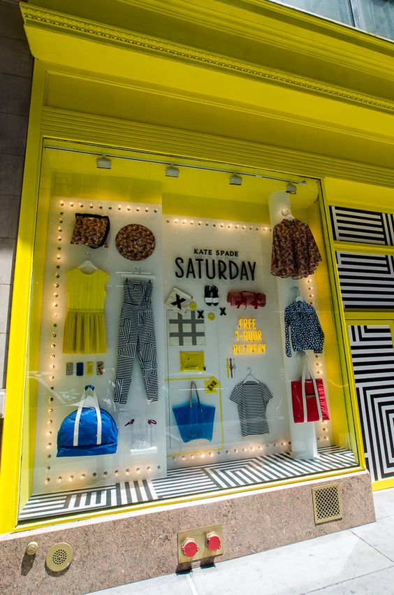 vinilo-geometrico-decorar-escaparates-de-tiendas