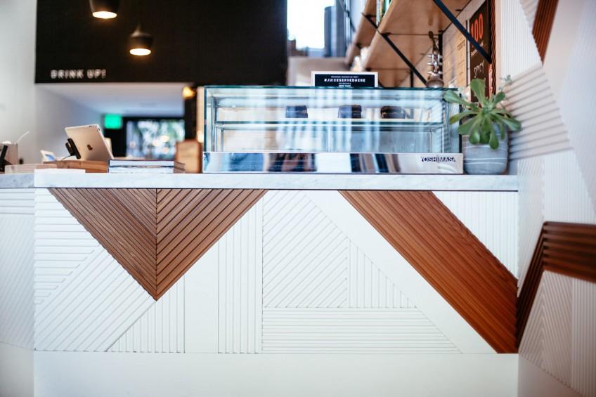 madera-geometrica-y-blanco-design