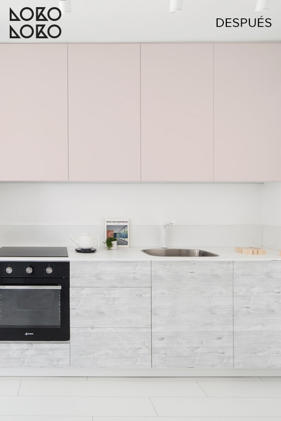antes-y-despues-cocina-rosa-palo-y-madera-clara-vinilos-lokoloko-design