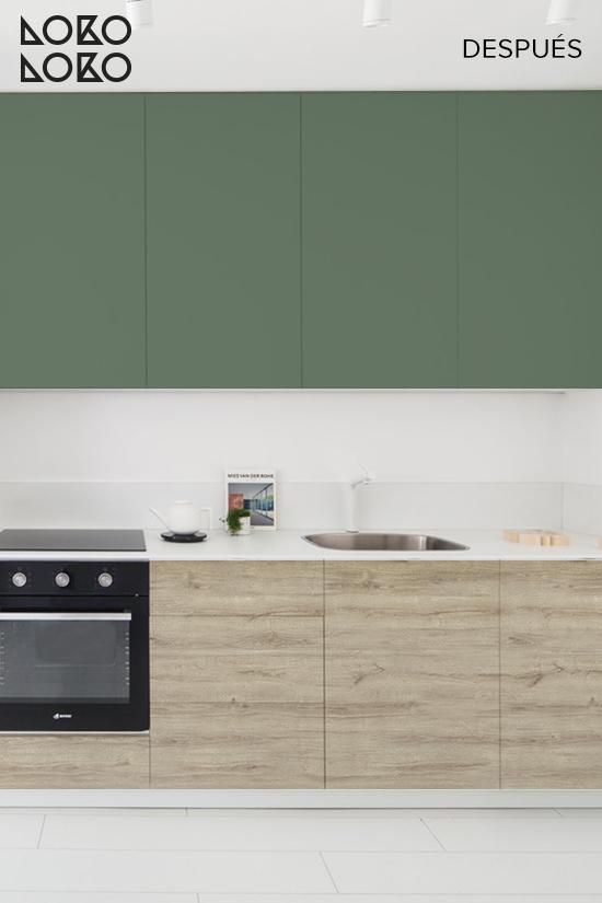 antes-y-despues-cocina-vinilos-verde-oscuro-y-madera-de-roble-sin-tratar-lokoloko-design