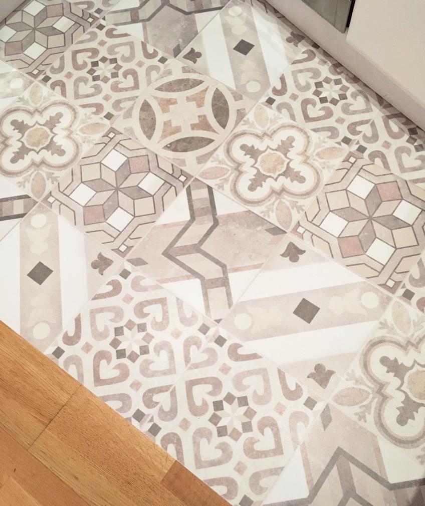 vinilo-hidrauilco-decorar-el-suelo-de-cocina-lokoloko