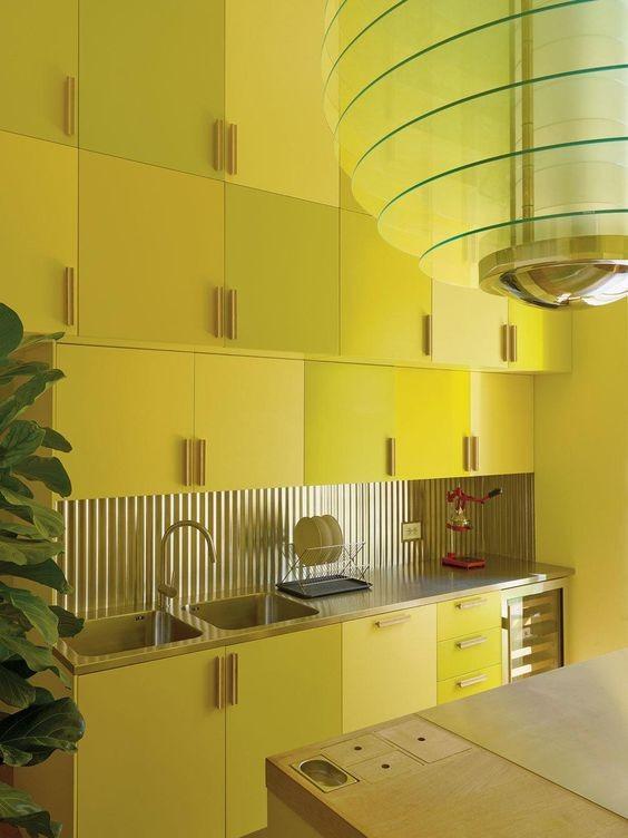 decoracion-de-interiores-cocina-amarilla
