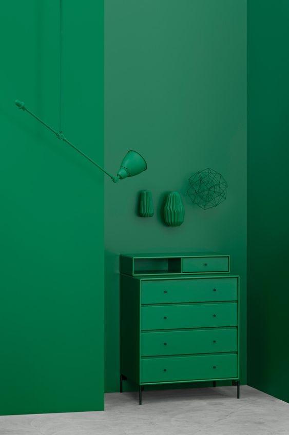 mueble-decorado-con-monocromo-verde