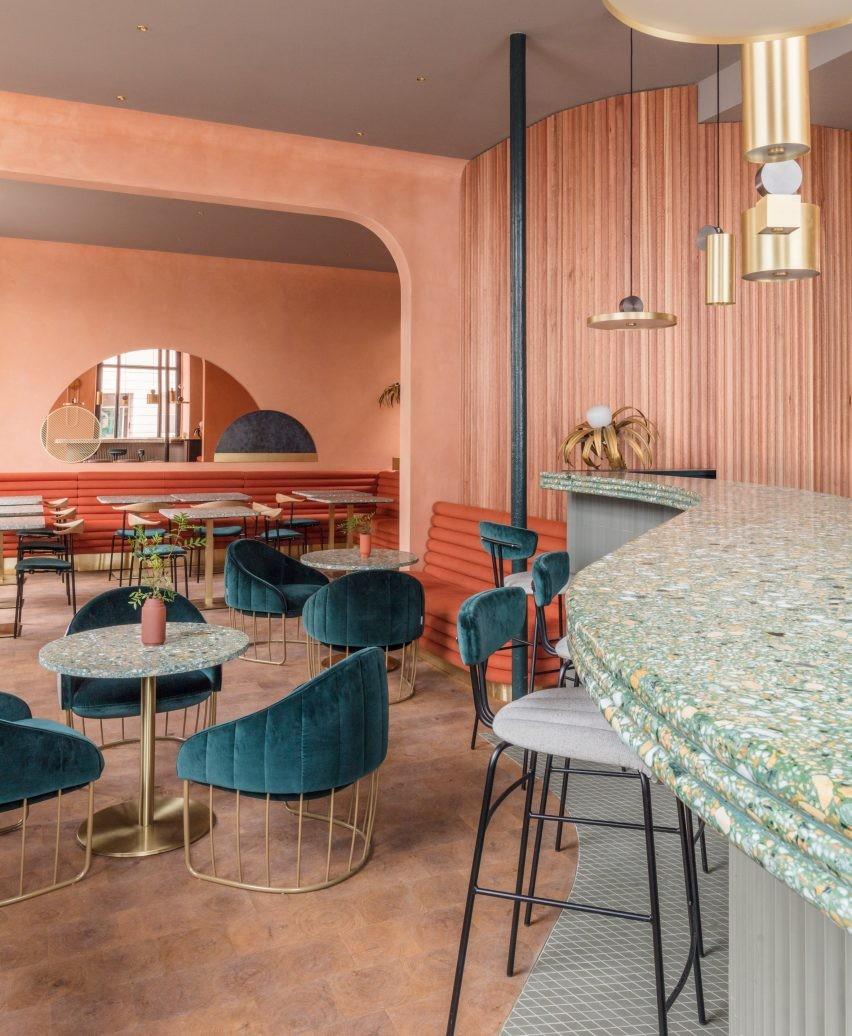 suelo-de-restaurante-de-terrazo