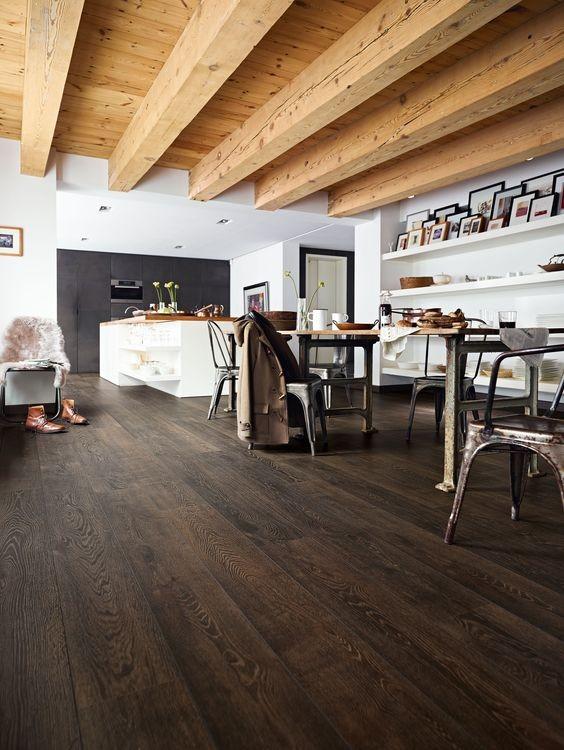 suelo-de-madera-oscura-tendencis-2019