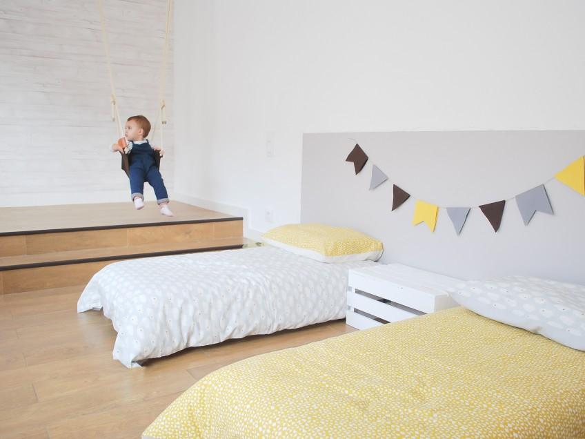 Cabecero-de-cama-infantil-vinilo-lavable-autoadhesivo-color-gris-claro-lokoloko