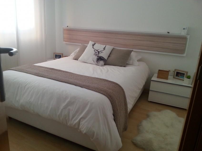 Cabecero-de-cama-vinilo-lavable-madera-09-en-lokoloko