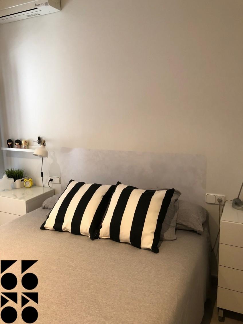 Vinilo-imitacion-marmol-blanco-1-para-cabeceros-de-cama-individual-lokoloko