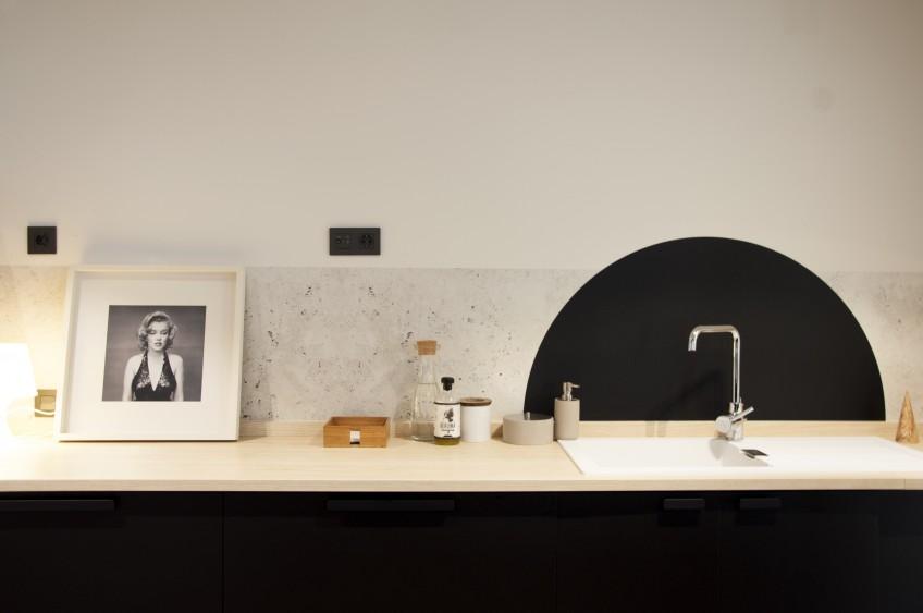 Idea-con-vinilo-lavable-para-forrar-frentes-y-salpicaderos-de-cocinas-lokoloko