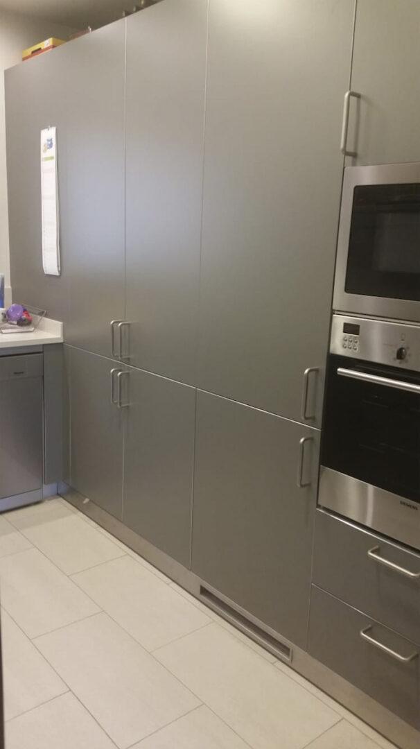 Antes-muebles-de-cocina-vinilo-opaco-blanco-mate-3