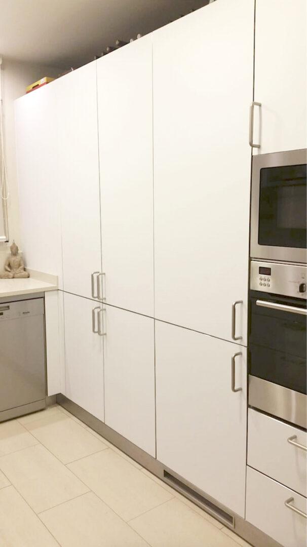 Despues-muebles-cocina-vinilo-blanco-opaco-mate-3
