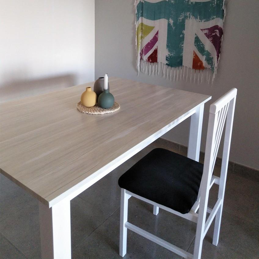 Mesa-de-salon-forrada-con-vinilo-de-madera-dinamarca-textura-madera-lokoloko