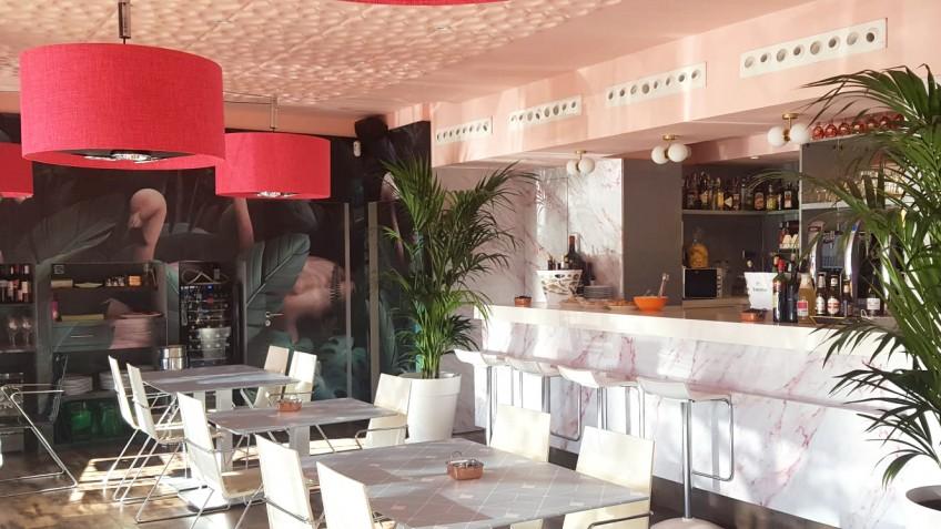 Vinilos-decorativos-para-muebles-lavables-marmol-plantas-geometria-azul-para-decorar-mesas-de-restaurantes-bares-lokoloko
