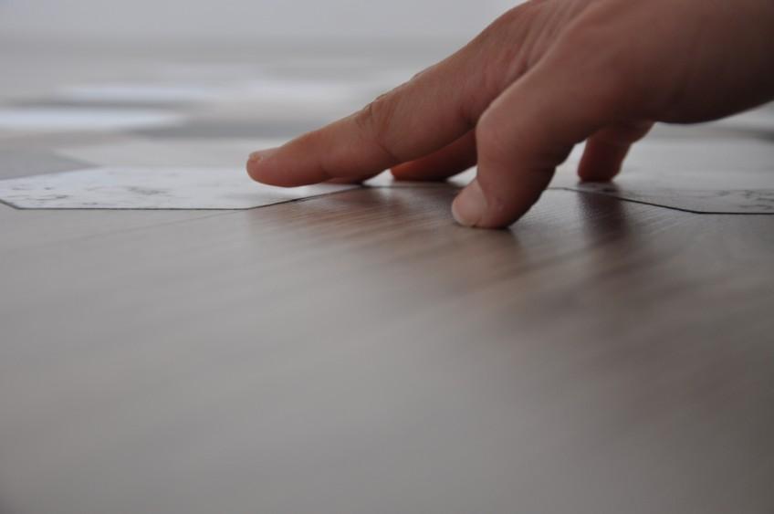 Vinilo-para-suelos-textura-antideslizante-lavable-impermeable-lokoloko-design