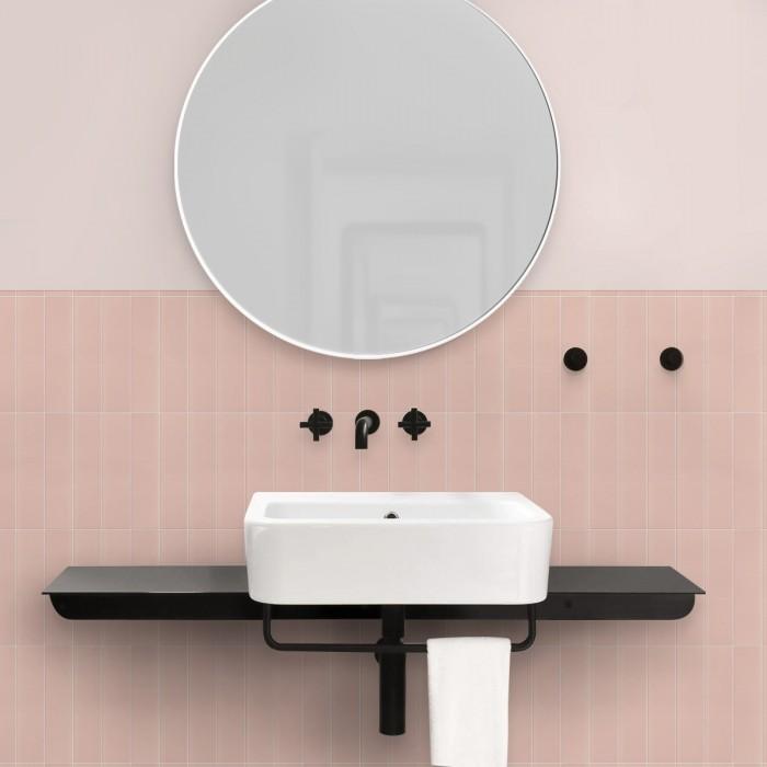 azulejos-verticales-rosas-junta-blanca