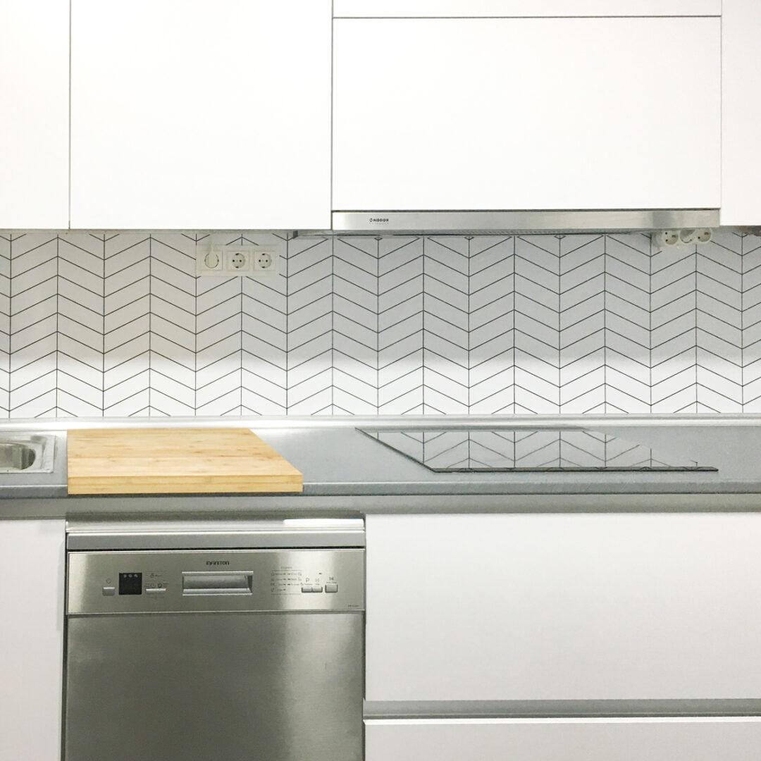 2019-PAR-42-Azulejos punta humbria blanco junta negra
