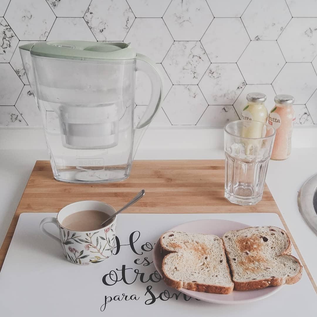 2019-PAR-7-frente-cocina-hexagonos-marmol