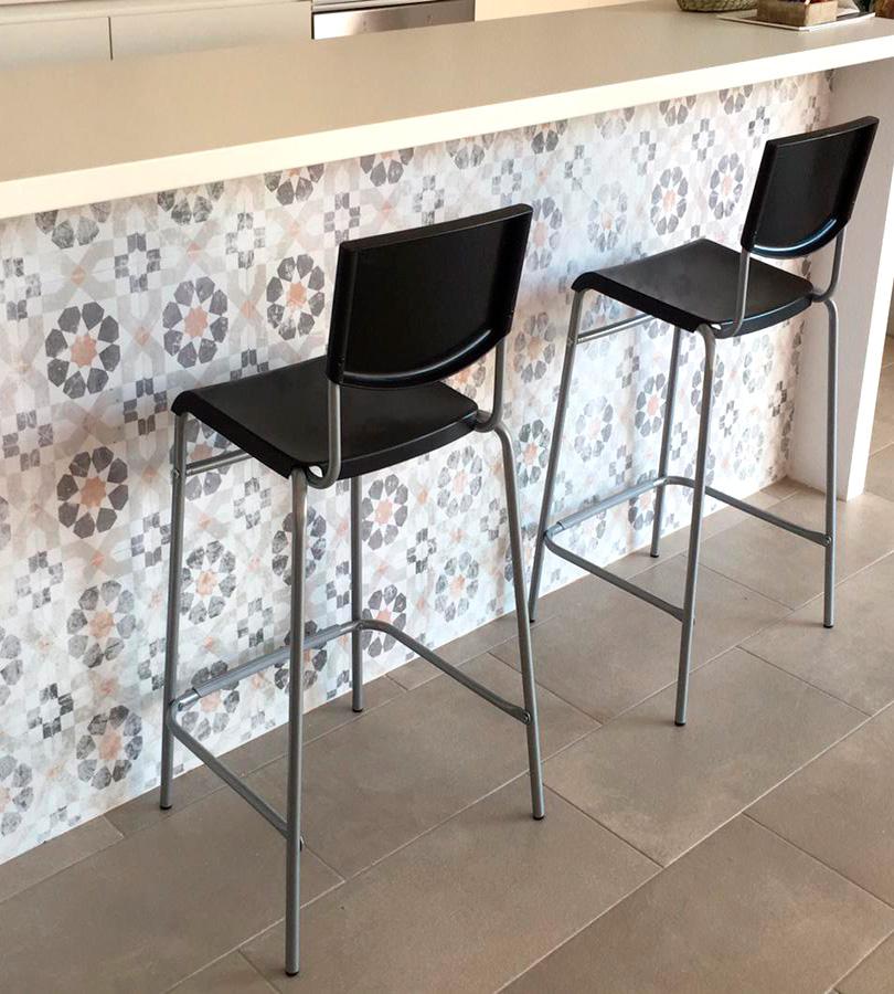 Vinilo autoadhesivo lavable de losas cerámicas para barras de bar y cocina